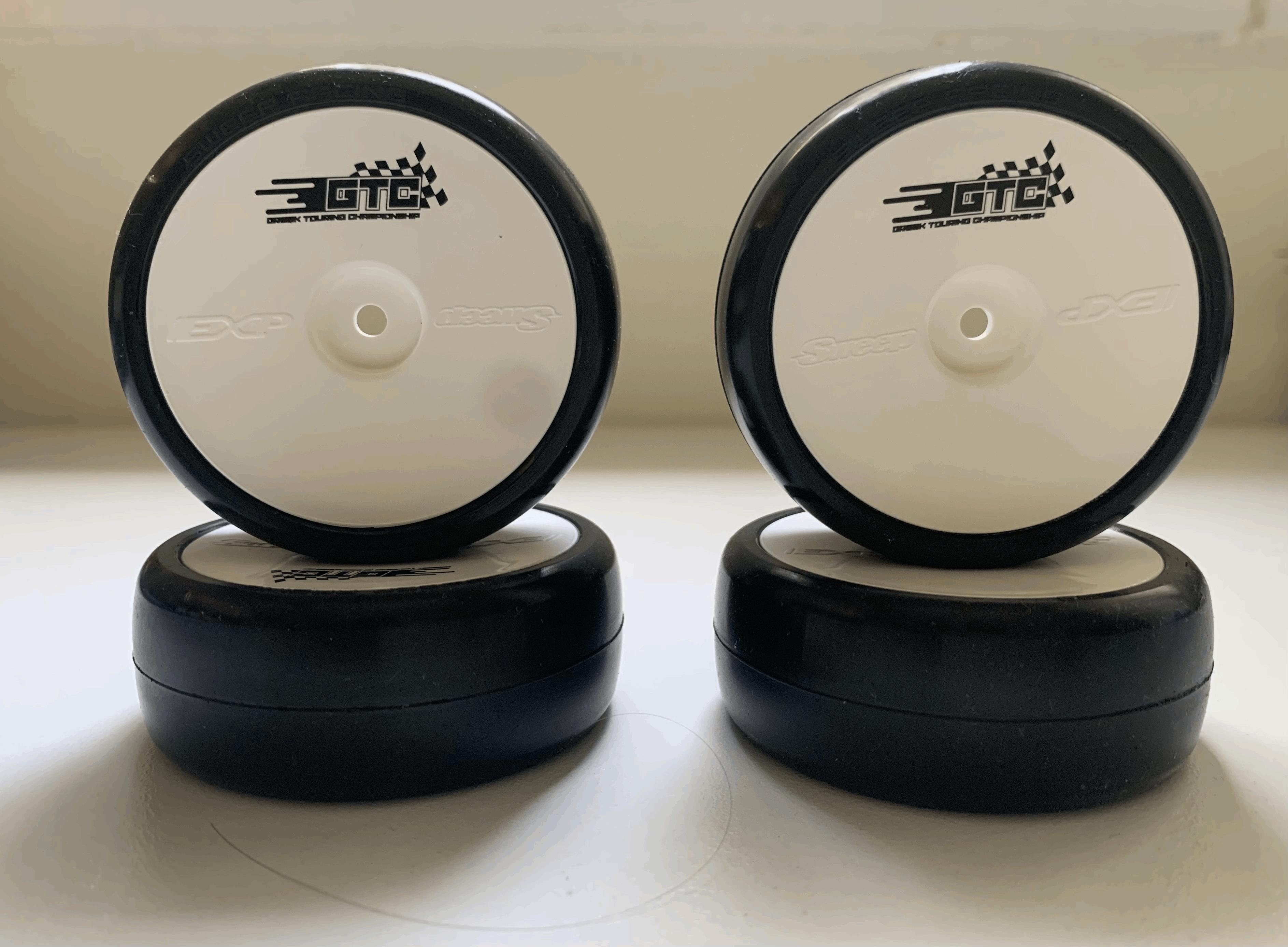 Sweep EXX-R3 Highend Pre-Glued Touring Car Tires (36deg, EXP-SX Inserts, 4pcs) GTC