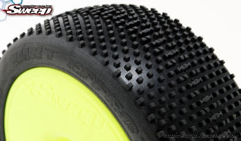 Sweepracing DIRT EFFECT Red(Soft Compound) complete set tires/White 4pcs